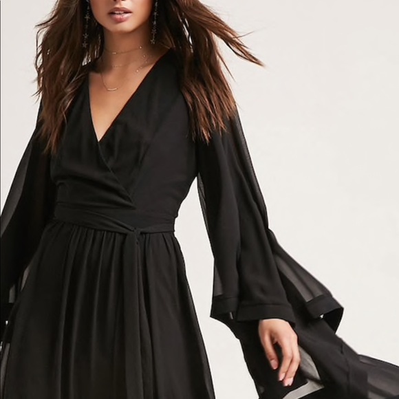 a34a6a6d7bc Dresses   Skirts - Forever 21 Black Surplice Maxi Dress
